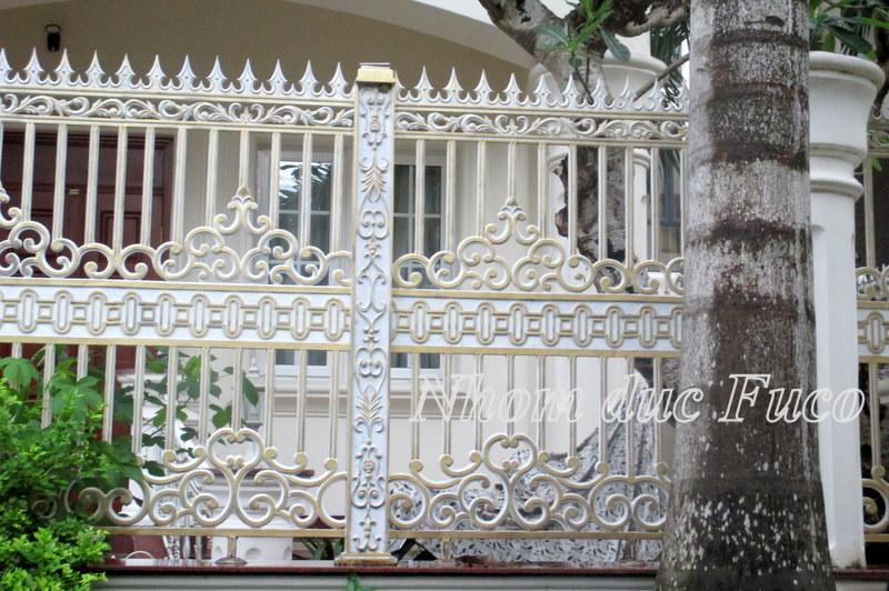 Hàng rào và cổng nhôm đúc đẹp