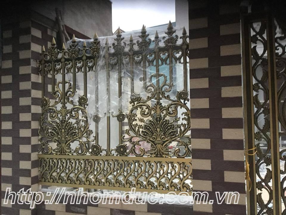 mẫu tuyệt sắc cửa cổng, lan can hàng rào nhôm đúc màu đồng giá