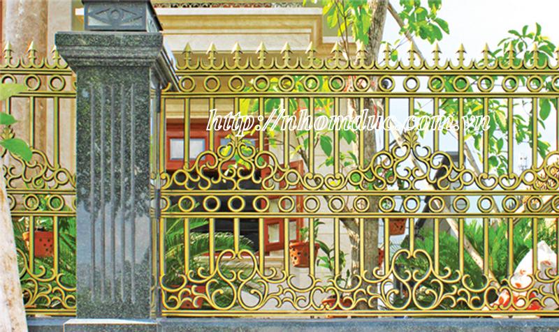 Mẫu cổng nhôm đúc