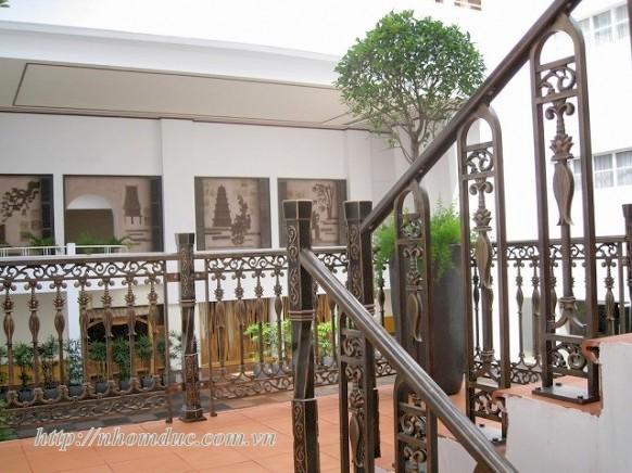 Cầu thang hợp kim nhôm đúc · … Các sản phẩm hợp kim nhôm đúc cao cấp của Fuco mang phong cách hiện đại, cổ điển theo yêu cầu phù hợp với ngôi nhà .